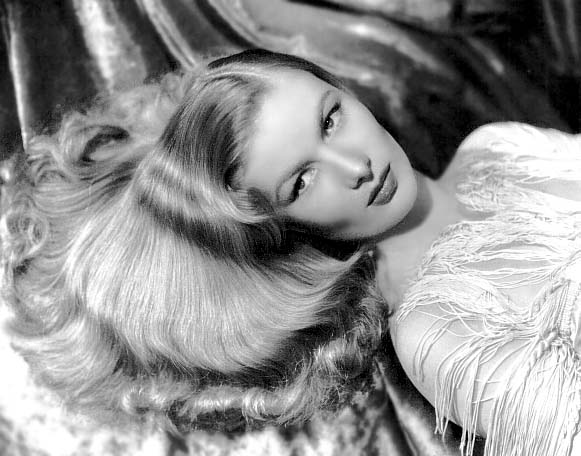 http://carellaross.com/img/Veronica_Lake_14.jpg