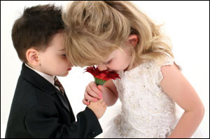 http://www.divavillage.com/images/Oct05/kids_smelling_flower__web50.jpg